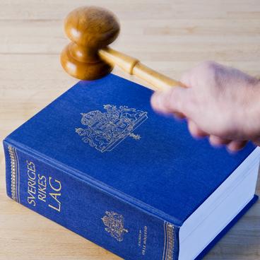 Grundlagar och lagar